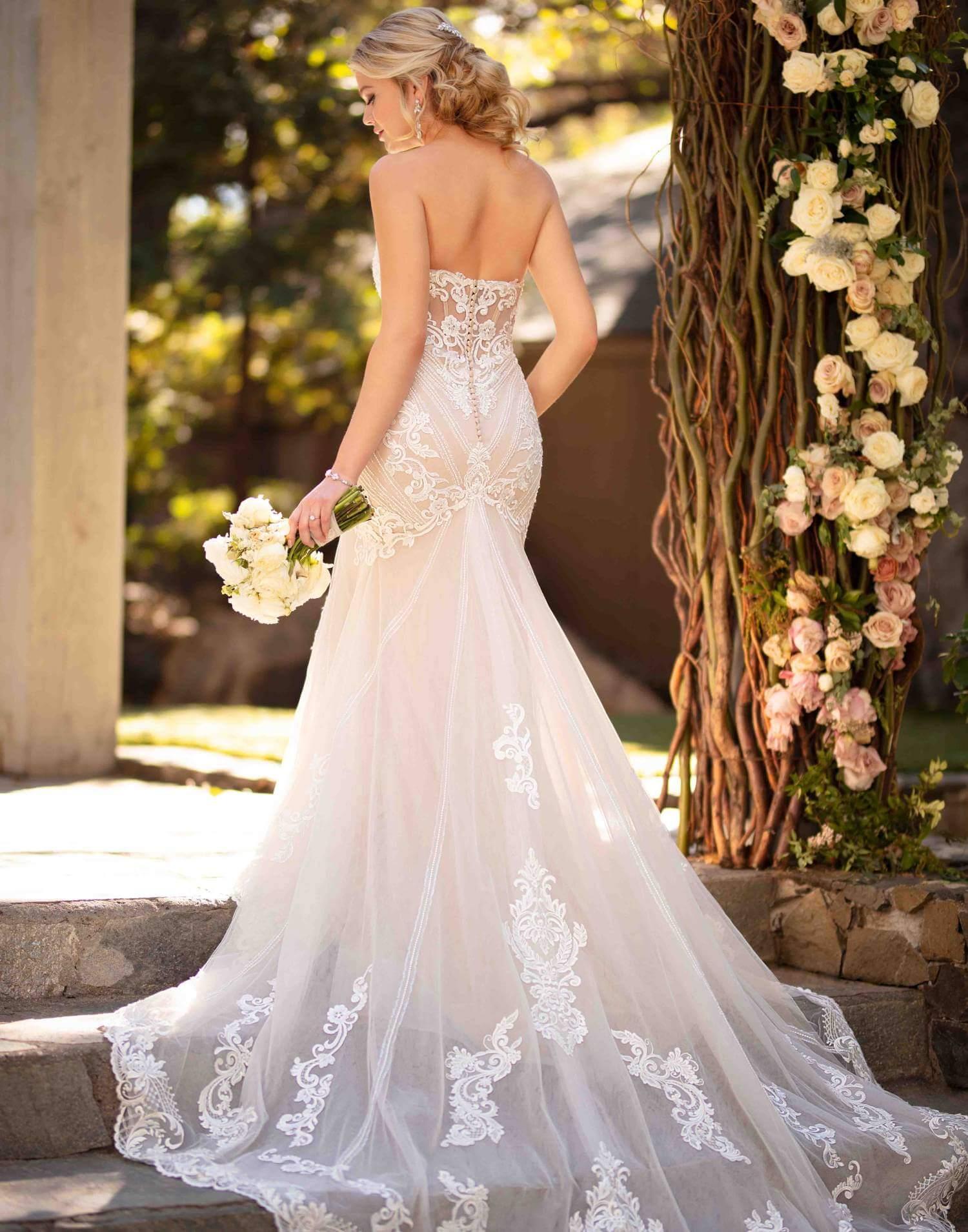 D2819 – Essense of Australia Wedding Dress Collection – Front View