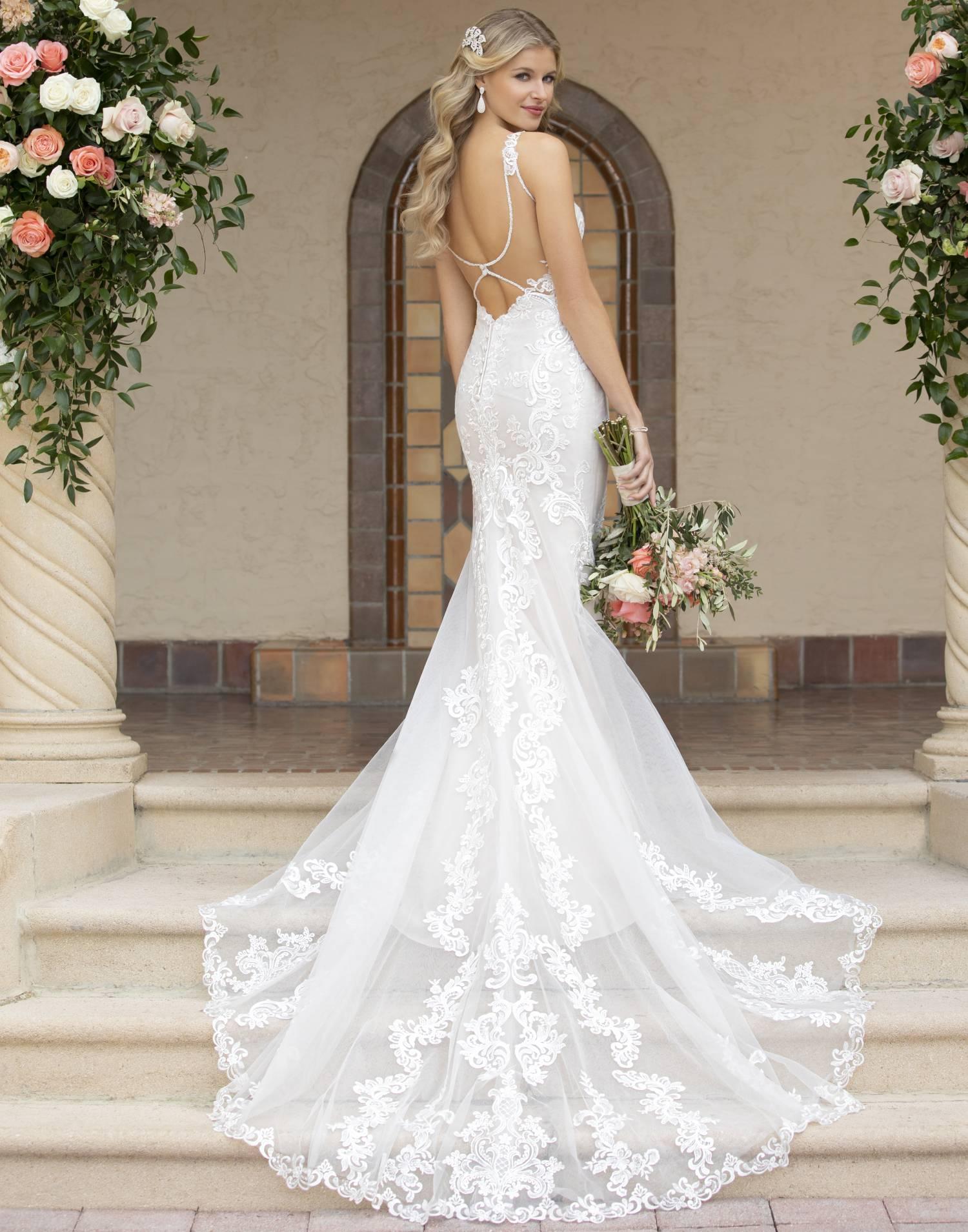 7100 – Stella York Wedding Dress Collection – Front View