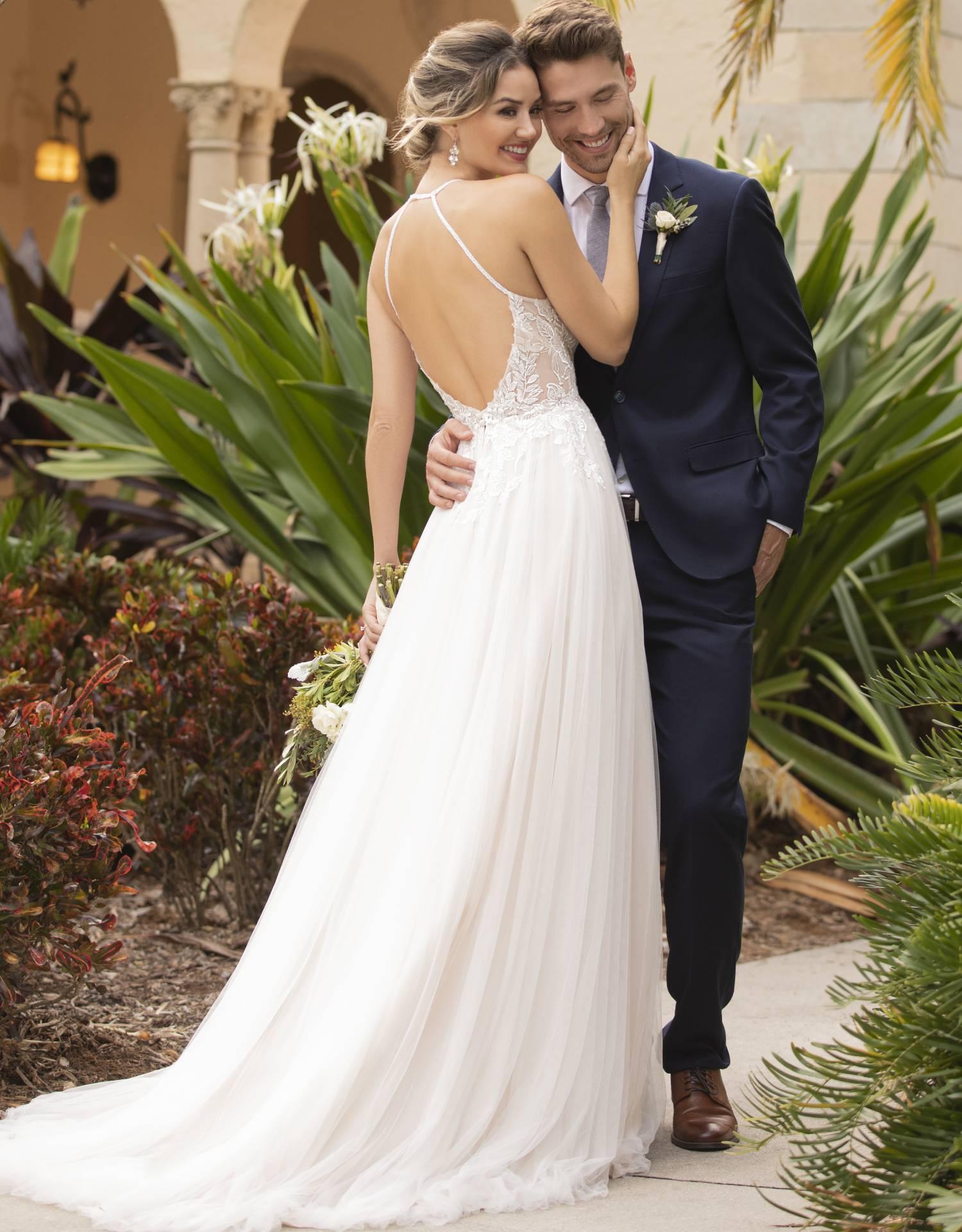 7117 – Stella York Wedding Dress Collection – Front View