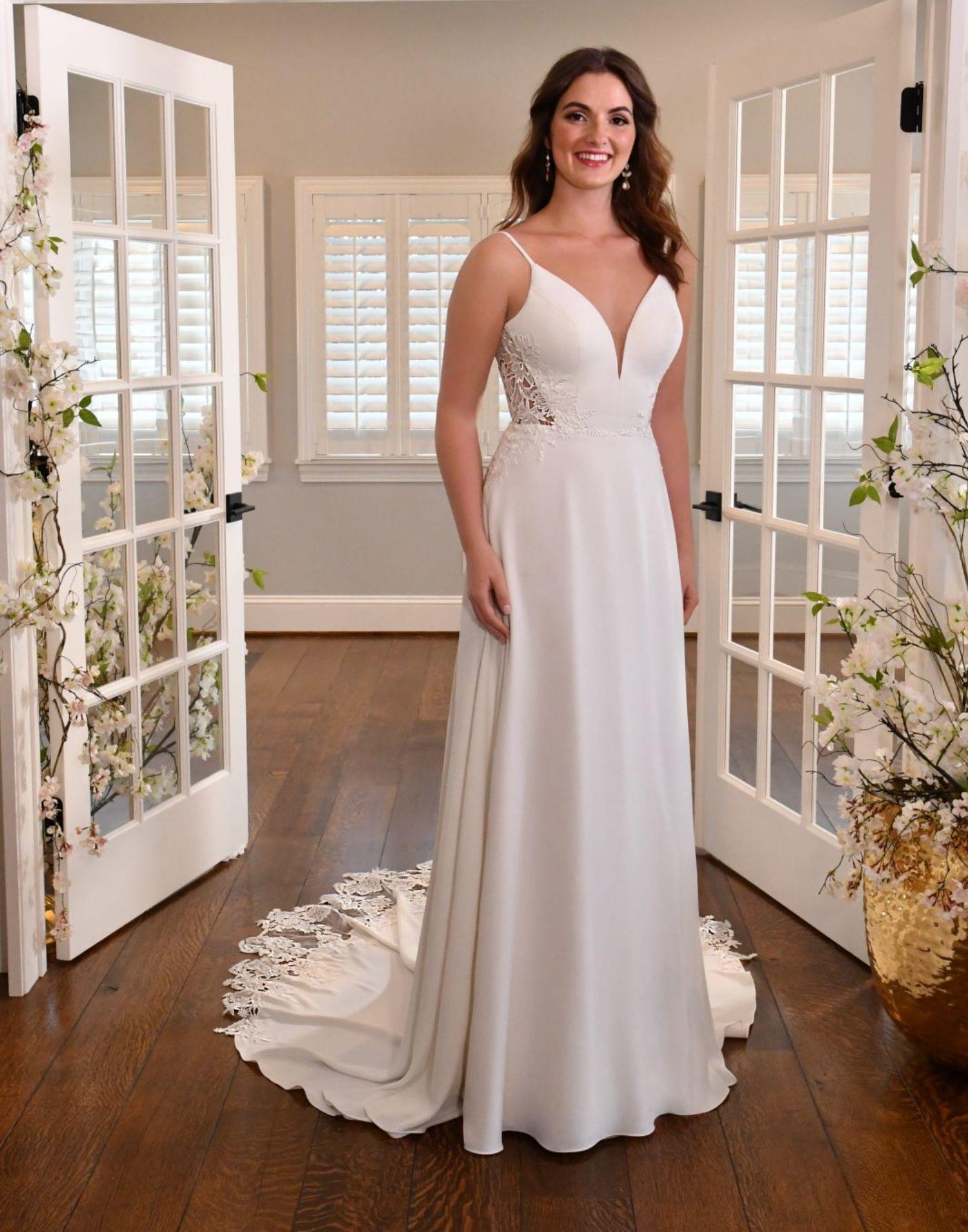 D3370 – Essense of Australia Wedding Dress Collection – Front View
