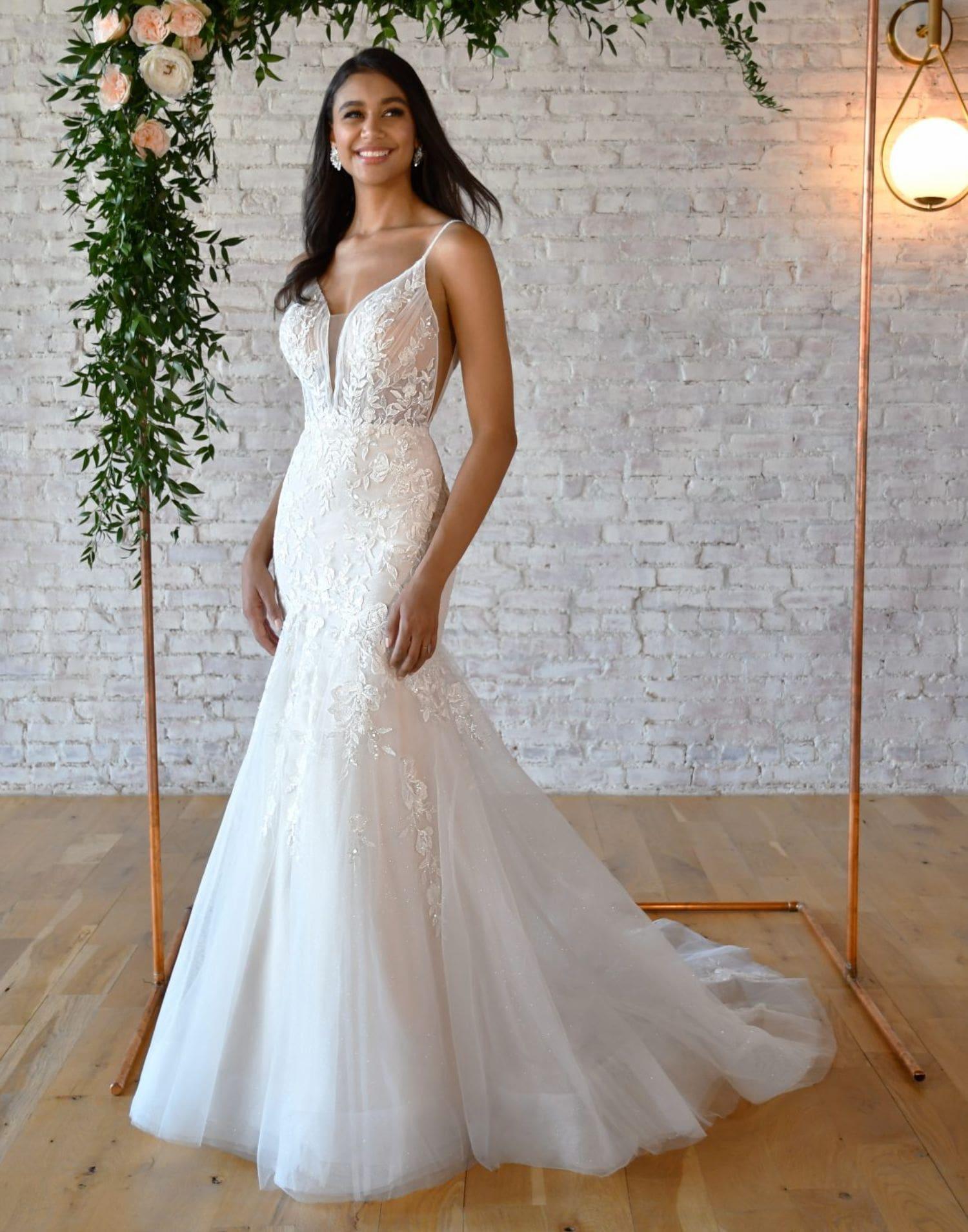 D3305 – Essense of Australia Wedding Dress Collection – Back View